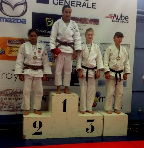 troyes-podium-camille-293x300